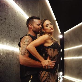 Дженнифер Лопес и Рики Мартин снялись в клипе Wisin (Видео)
