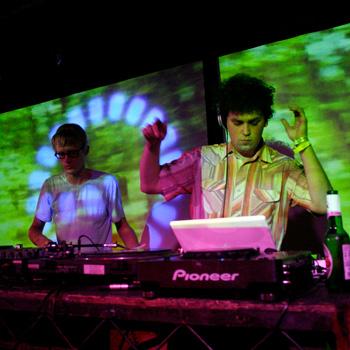 Simian Mobile Disco выпустят новый альбом в конце апреля