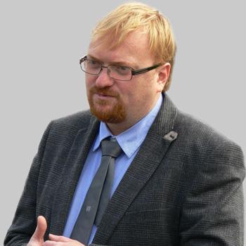 Депутат Милонов постепенно запретит всех украинских музыкантов