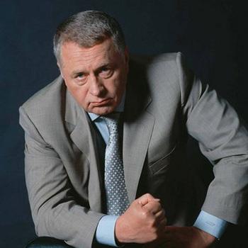 Жириновский объявил бойкот букве «Ы»