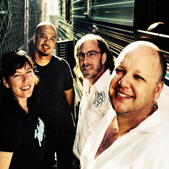 Pixies анонсировали первый альбом за 23 года