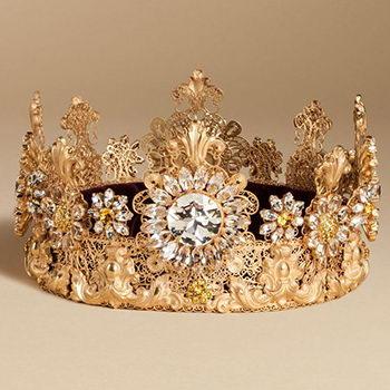 Dolce & Gabbana создали корону