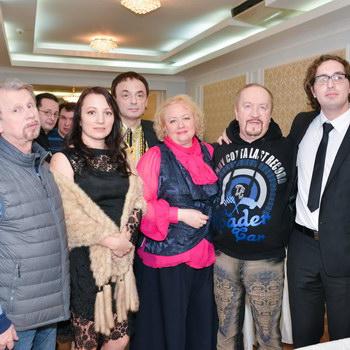Игорь Николаев мечтал об усах, как у Владимира Мулявина