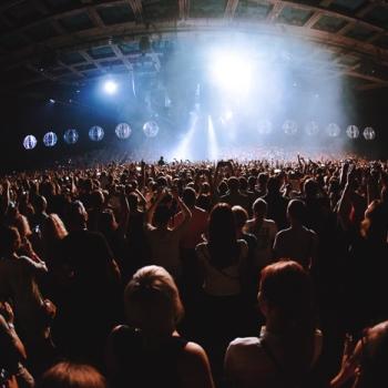 Muse выступили в «Олимпийском» с дронами (Фото)