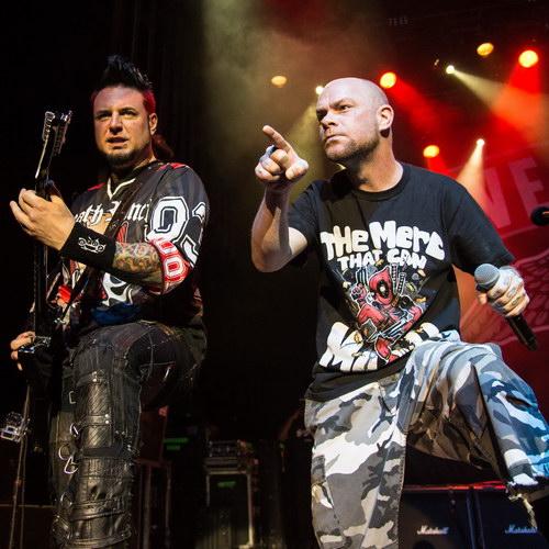 Five Finger Death Punch сыграют новый альбом в Москве и Петербурге