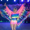 Тейлор Свифт продала миллион копий нового альбома до его выхода