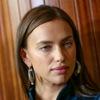 Ирина Шейк снялась в новой рекламе Intimissimi в полупрозрачной кофте