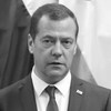 Дмитрий Медведев назначил субсидии иностранным кинематографистам