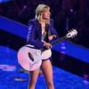 Тейлор Свифт сможет исполнять свои старые песни