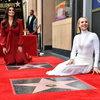 Кристен Белл и Идина Мензел получили звезды на голливудской Аллее славы