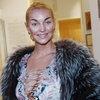 Анастасия Волочкова позирует топлесс для тех, кому не спится