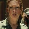 Энн Хэтэуэй оказывается с пистолетом в Коста-Рике в трейлере «Его последнего желания» (Видео)