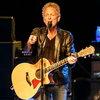 Линдси Бакингем отправится в тур после увольнения из Fleetwood Mac и операции на сердце