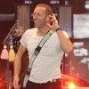 Крис Мартин стал одиноким школьником в новом клипе Coldplay (Видео)