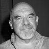 Умер хоррор-режиссёр и автор франшизы «Дорогая, я уменьшил детей» Стюарт Гордон