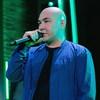 Азамат Мусагалиев лишился волос ради пародии на группу «Каста»