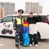 Анна Плетнева и Влад Топалов сняли клип в образах Панды и Попугая (Видео)