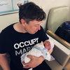 Граймс и Илон Маск стали родителями