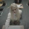 «Пошлая Молли» вернулась в школу в новом клипе (Видео)