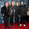 Take That сыграет онлайн-концерт с Робби Уильямсом (Видео)