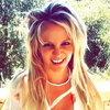 Бритни Спирс попала в чарты со старой песней и новой обложкой (Видео)