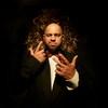 Участник «Уральских пельменей» Роман Постовалов начал музыкальную карьеру с «Итальянца» (Видео)