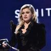 Келли Кларксон заменит травмированного Саймона Коуэлла в телешоу «В Америке есть таланты»