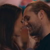 Влад Соколовский показал летнюю историю любви в новом клипе (Видео)