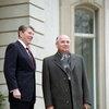 Сценарист «Смерти Сталина» расскажет о встрече Михаила Горбачева и Рональда Рейгана