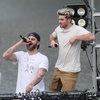 Chainsmokers получили штраф за коронавирусный концерт