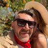 Сергей Шнуров поздравил жену с годовщиной нежным стихотворением
