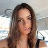 Обнаженная Эмили Ратажковски привыкает к своему новому телу