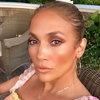 Дженнифер Лопес обнажила всю свою кожу в косметических целях (Видео)