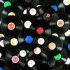 Продажи виниловых пластинок продолжают расти