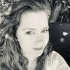 Эми Адамс спродюсирует фильм об акушерке на Диком Западе