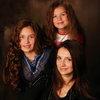 Люся Чеботина посвятила маме и сестре автобиографический сингл (Слушать)