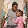 Кевин Харт в одиночку воспитывает дочь в трейлере «Отцовства» (Видео)