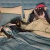 Джон Стамос помог паре шимпанзе преодолеть семейный кризис в клипе Offspring (Видео)