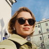Дарья Мельникова прокатилась в поезде метро, посвященном юбилею театра Ермоловой (Смотреть)