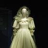 Свадебное платье принцессы Дианы впервые за 25 лет покажут публике