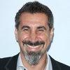 Серж Танкян объединил музыку и рисунки в своей художественной выставке (Видео)