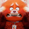 Девочка превращается в огромную красную панду в трейлере мультфильма «Я краснею» (Видео)