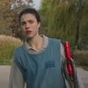 Маргарет Куэлли мечтает о богатой жизни в трейлере сериала «Уборщица» (Видео)