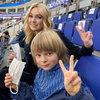 Сын Рудковской и Плющенко сломал руку во время игры в футбол (Видео)