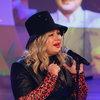 Ева Польна сыграла «Музыку» и рассказала про теневой бан инстаграма (Видео)