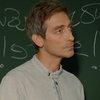 Артем Ткаченко высмеивает «скучного, как мычание» музыканта в трейлере «Струн» (Видео)