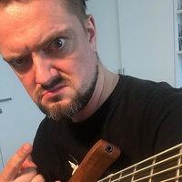 Александр Пушной споет каверы и свои хиты в «16 тоннах»