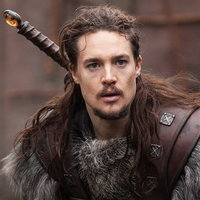 Сиквелом «Последнего королевства» станет полнометражный фильм с Александром Дреймоном